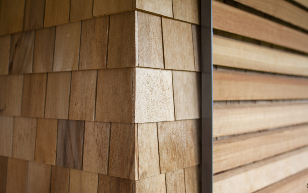 fassadenverkleidung holz fassade laerche natur holzoptik. Black Bedroom Furniture Sets. Home Design Ideas